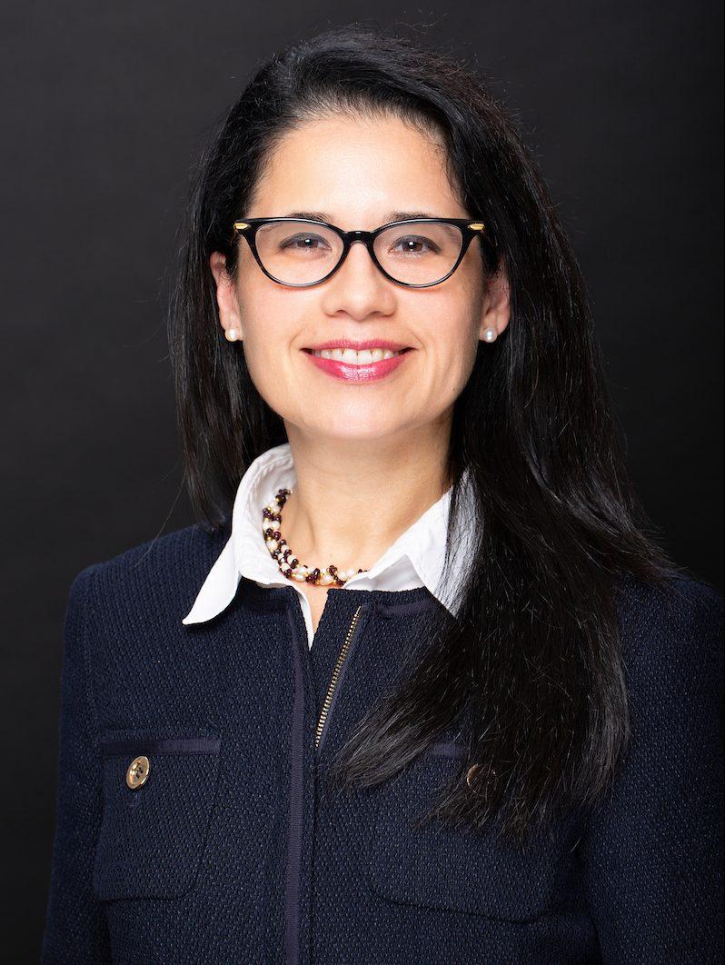 Erika De La Rosa Hennessey